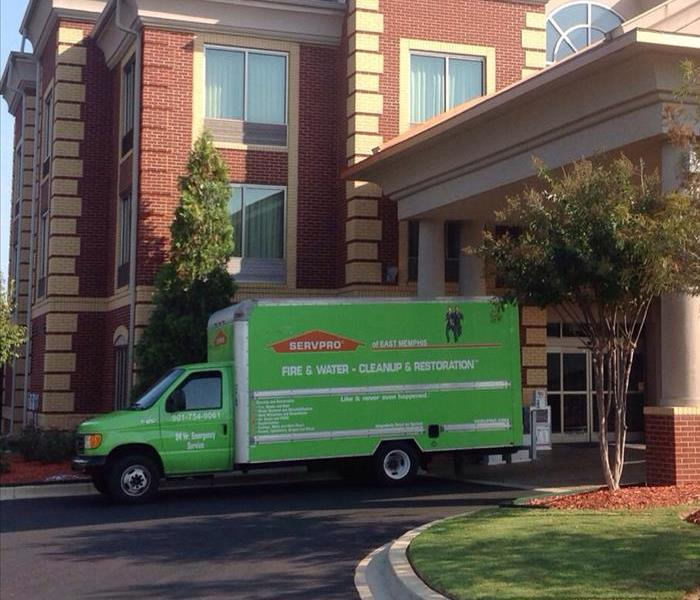 SERVPRO truck in front of hotel